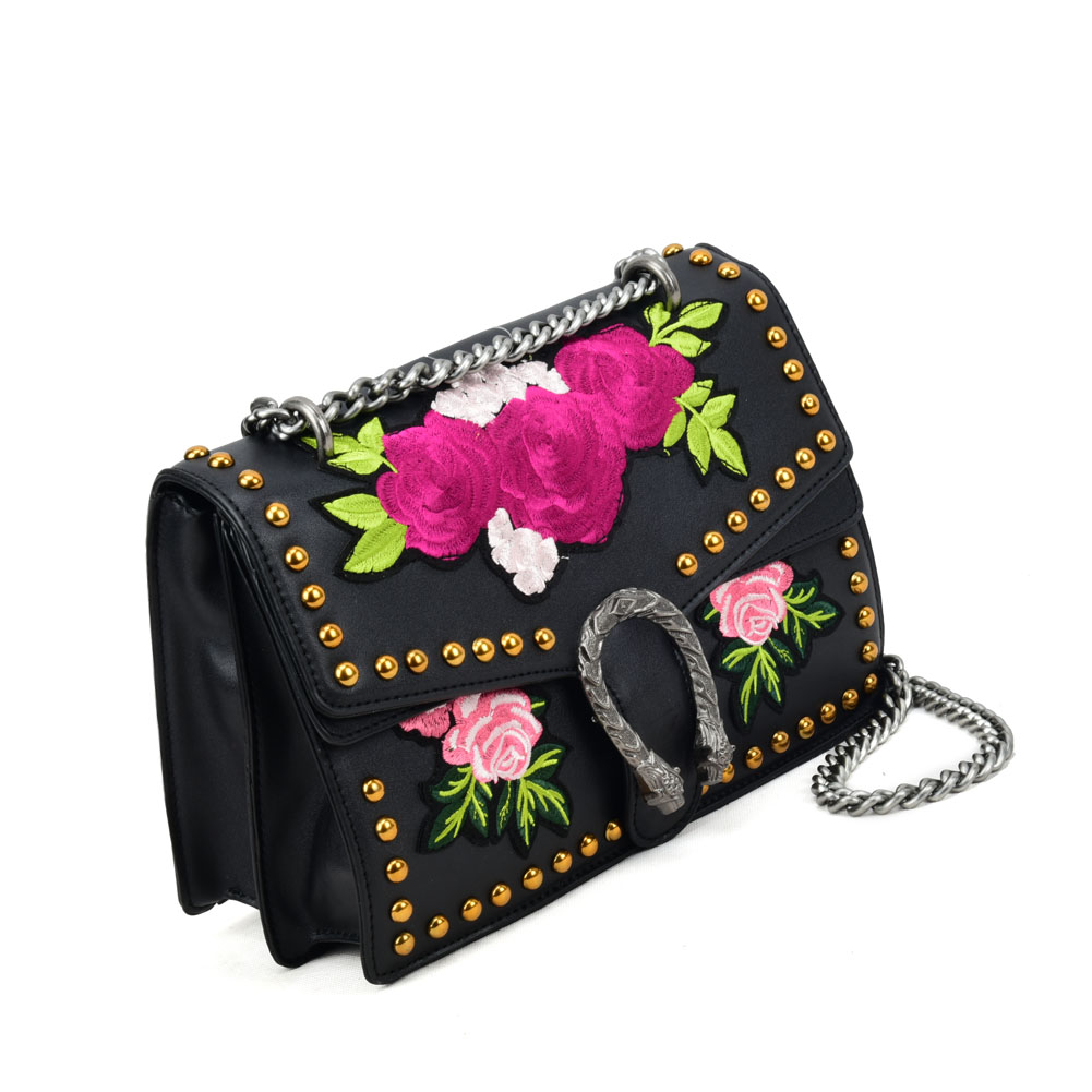 VK5482 Black - Floral Cross Body Bag With Studs Detail - Click Image to Close